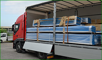 SICOMAT - TRUCK DELIVERY SHIPPING ITEMS PRODUCTS COURIER SERVICE TUBES PIPES ACCESSORIES FITTINGS COUPLINGS